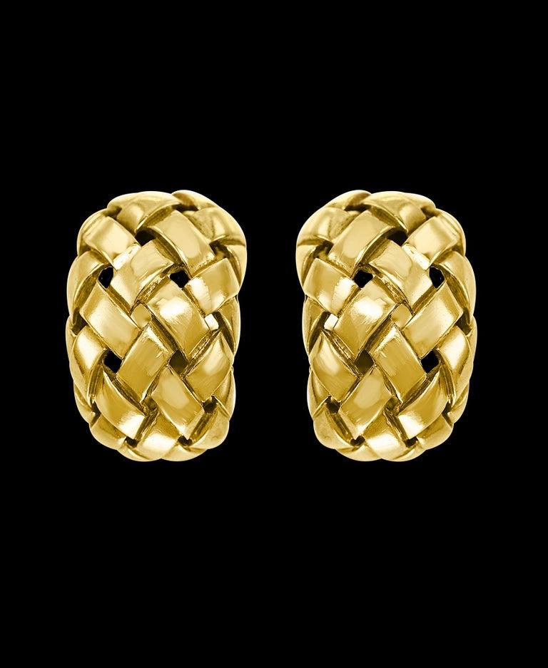 Van Cleef & Arpels Necklace and Earrings Bridal Suite 128 Grams 18k Gold, Estate For Sale 2