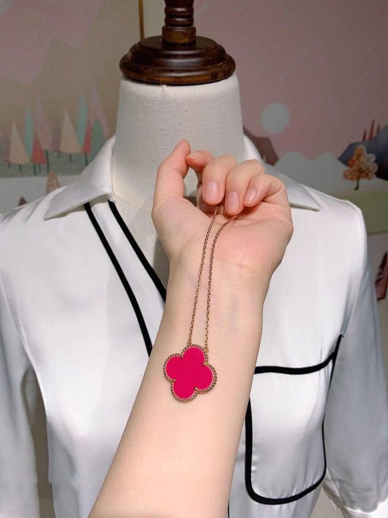 Women's or Men's Van Cleef & Arpel Raspberry Pink Sèvres Porcelain Magic Pendant 18k Pink Gold For Sale