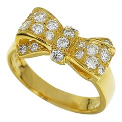 Van Cleef & Arpels 0.48 Carat Diamond 18 Karat Yellow Gold Alice Bow Ribbon Ring