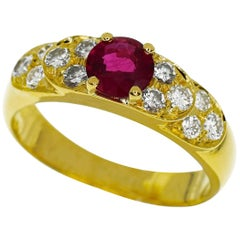 Van Cleef & Arpels 0.52 Carat Ruby 0.34 Carat Diamond 18 Karat Yellow Gold Ring