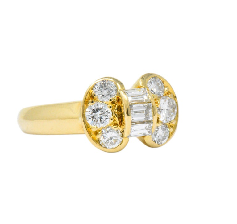 Round Cut Van Cleef & Arpels 0.60 Carat Diamond 18 Karat Yellow Gold Bow Ring