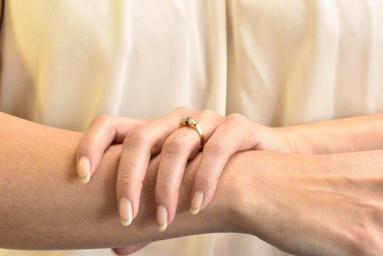 Van Cleef & Arpels 0.60 Carat Diamond 18 Karat Yellow Gold Bow Ring 2