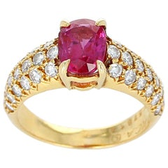 Van Cleef & Arpels 1 Carat Natural No Heat Ruby and Diamond Yellow Gold Ring