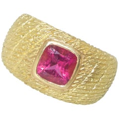 Van Cleef & Arpels 18 Karat and Rubelite Ring, French