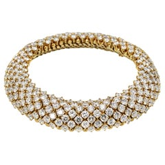 Van Cleef & Arpels 18 Karat Gold 40.00 Carat Round Diamond Multi Row Bracelet