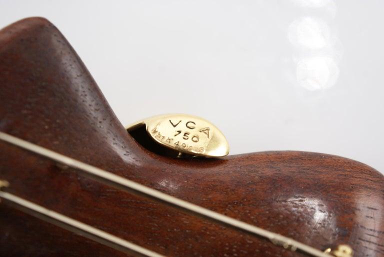Van Cleef & Arpels 18 Karat Gold and Wooden Bow Brooch For Sale 1