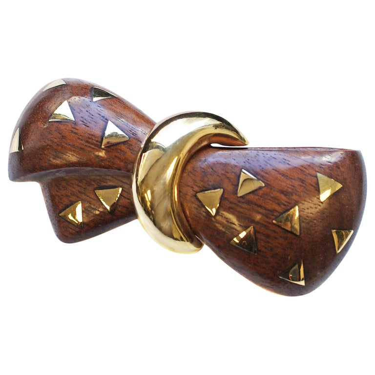 Van Cleef & Arpels 18 Karat Gold and Wooden Bow Brooch For Sale