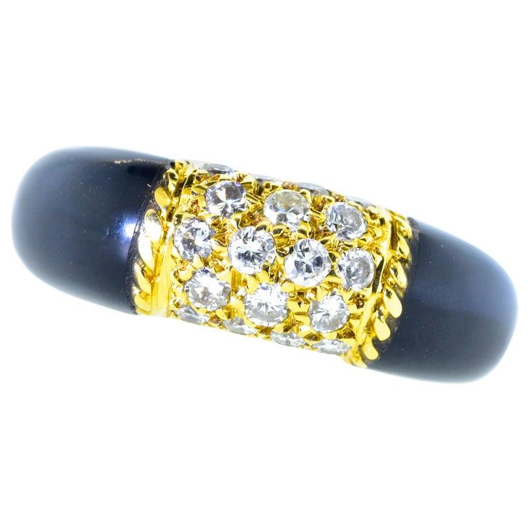 Van Cleef & Arpels 18 Karat Gold, Onyx and Diamond Ring