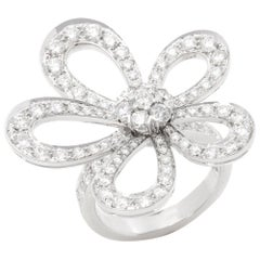 Van Cleef & Arpels 18 Karat White Gold Round Cut Diamond Flowerlace Ring