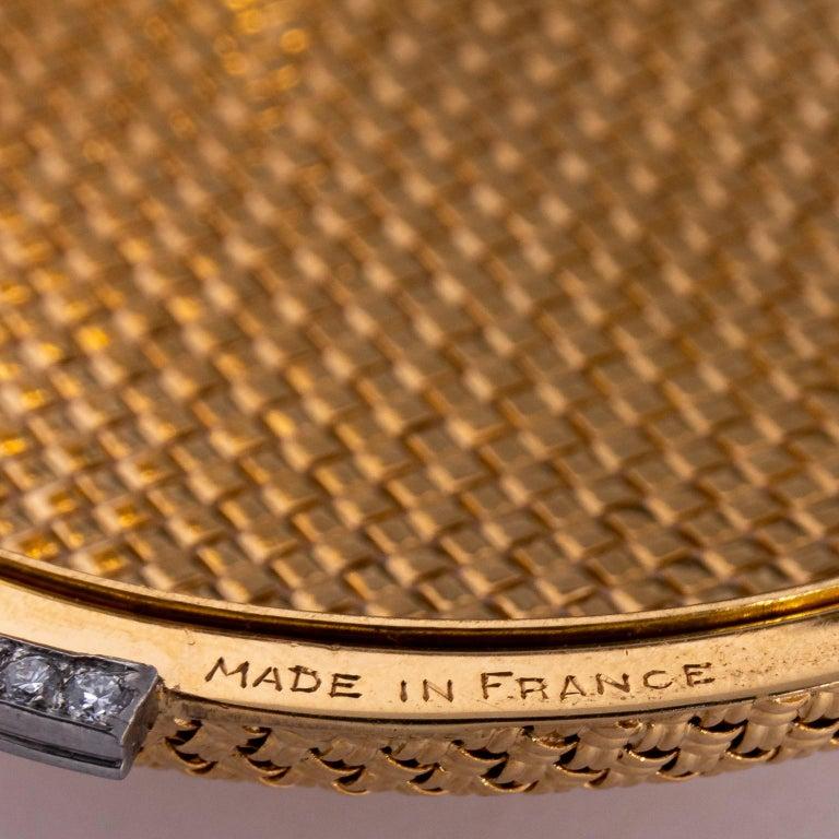 Van Cleef & Arpels 18 Karat Yellow Gold and Diamond Compact For Sale 6