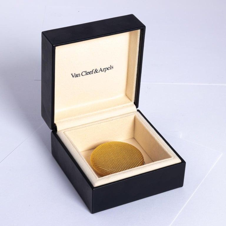 Van Cleef & Arpels 18 Karat Yellow Gold and Diamond Compact For Sale 9