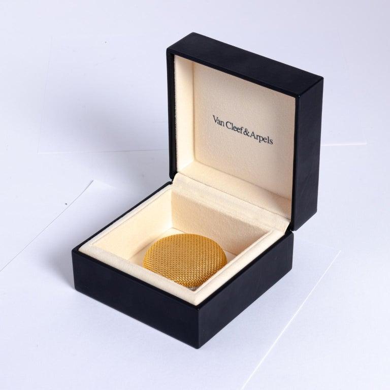 Van Cleef & Arpels 18 Karat Yellow Gold and Diamond Compact For Sale 10