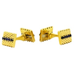 Van Cleef & Arpels 18 Karat Yellow Gold Cufflinks with Blue Sapphires