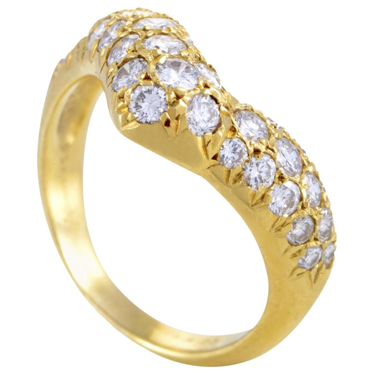 Van Cleef & Arpels 18 Karat Yellow Gold Curved Diamond Band Ring For Sale
