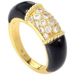 Van Cleef & Arpels 18 Karat Yellow Gold Diamond and Onyx Ring