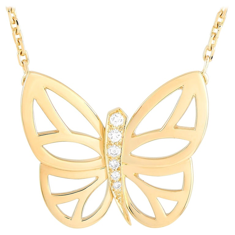 Van Cleef & Arpels 18 Karat Yellow Gold Diamond Butterfly Pendant Necklace For Sale