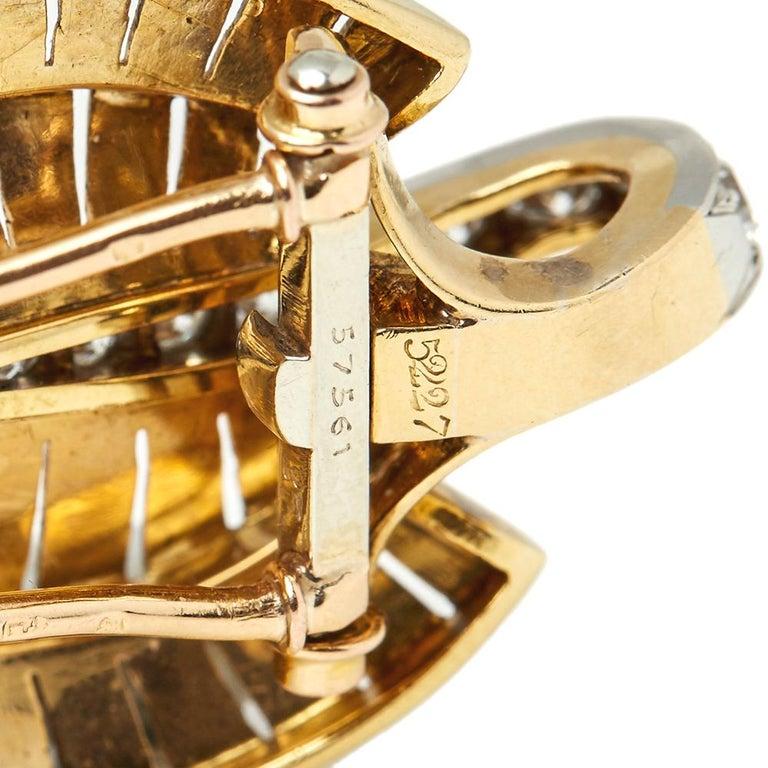 Van Cleef & Arpels 18 Karat Yellow Gold Diamond Vintage Brooches For Sale 5