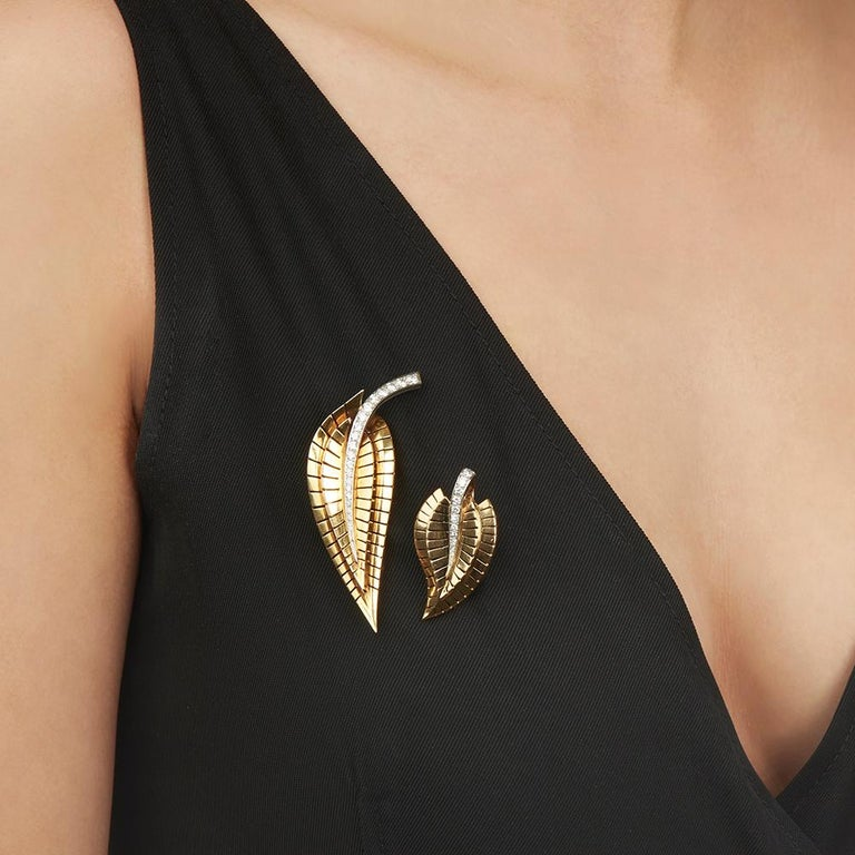 Van Cleef & Arpels 18 Karat Yellow Gold Diamond Vintage Brooches For Sale 6