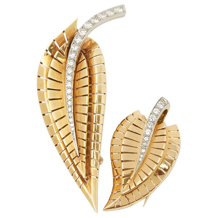 Van Cleef & Arpels 18 Karat Yellow Gold Diamond Vintage Brooches For Sale