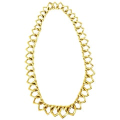 Van Cleef & Arpels 18 Karat Gold Heart Linked Necklace Circa 1980s