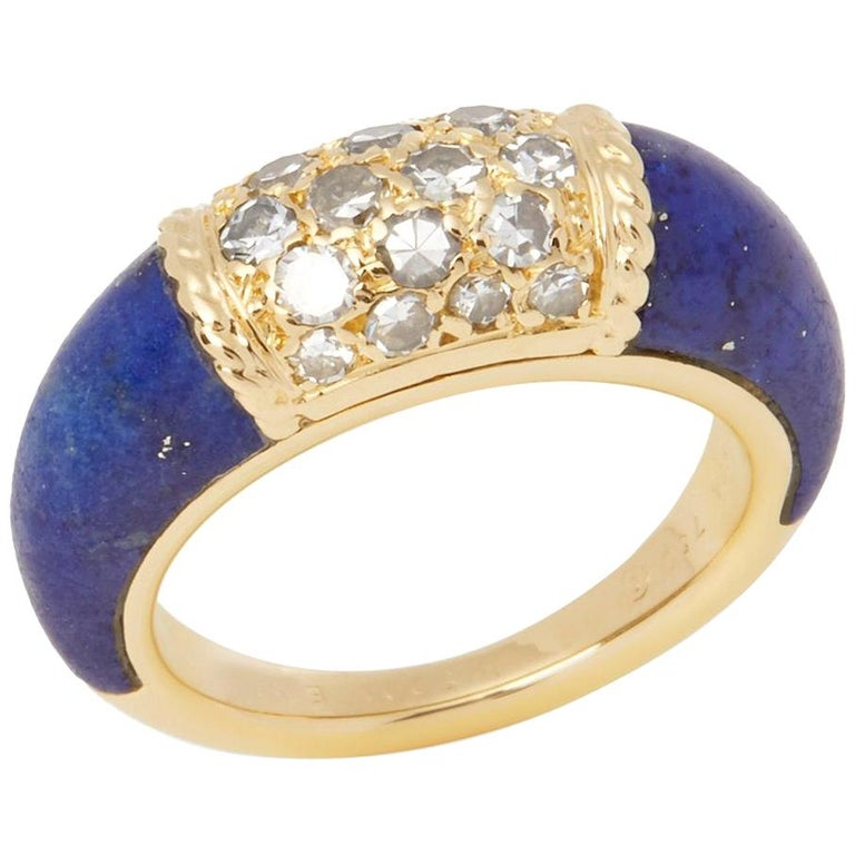 Van Cleef & Arpels 18 Karat Yellow Gold Lapis and Diamond Philippine Ring For Sale