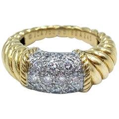 Van Cleef & Arpels 18 Karat Yellow Gold Ring
