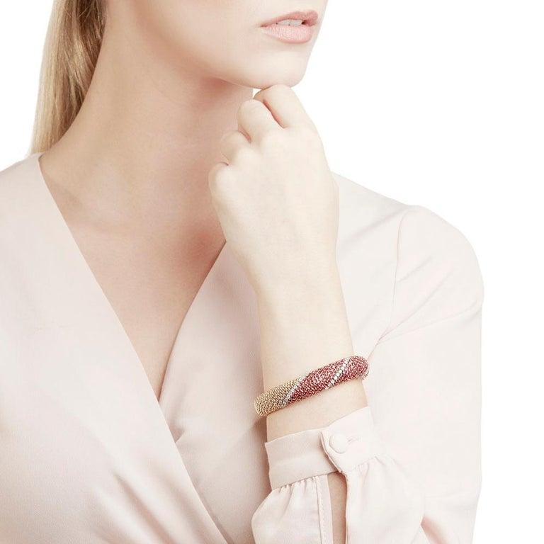 Code: COM1171 Brand: Van Cleef & Arpels Description: 18k Yellow Gold Ruby & Diamond Bracelet Accompanied With: Presentation Box Gender: Ladies Bracelet Length: 16.5cm Bracelet Width: 1.4cm Clasp Type: Push Button Condition: 9 Material: Yellow