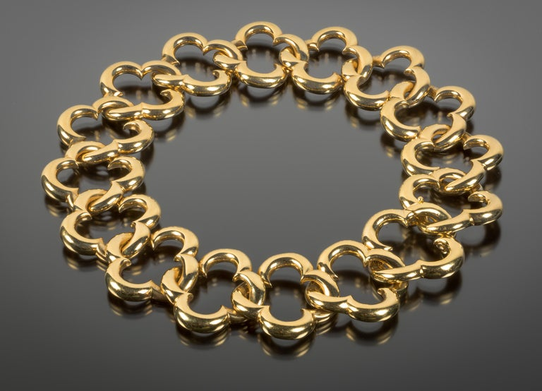 Van Cleef & Arpels 18 Karat Gold Alhambra Collar Necklace In Good Condition For Sale In Boston, MA