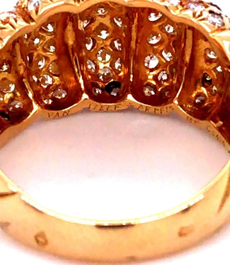 Women's Van Cleef & Arpels 18k Gold and Diamond Ring For Sale
