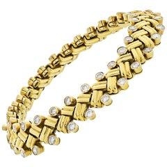 Van Cleef & Arpels 18K Gold Grain of Rice Diamond X-Style 6.00 Carat Bracelet