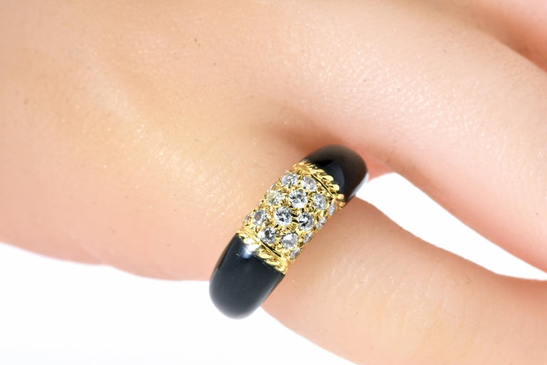 Van Cleef & Arpels 18 Karat Gold, Onyx and Diamond Ring In Excellent Condition In Aspen, CO