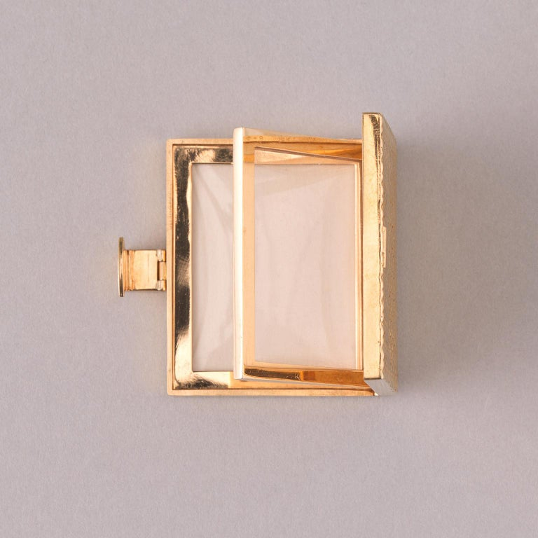 Van Cleef & Arpels 18k Gold Photo Frame In Good Condition For Sale In Amsterdam, NL