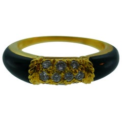Van Cleef & Arpels 18 Karat Gold Yellow Gold, Diamond and Onyx Band Ring