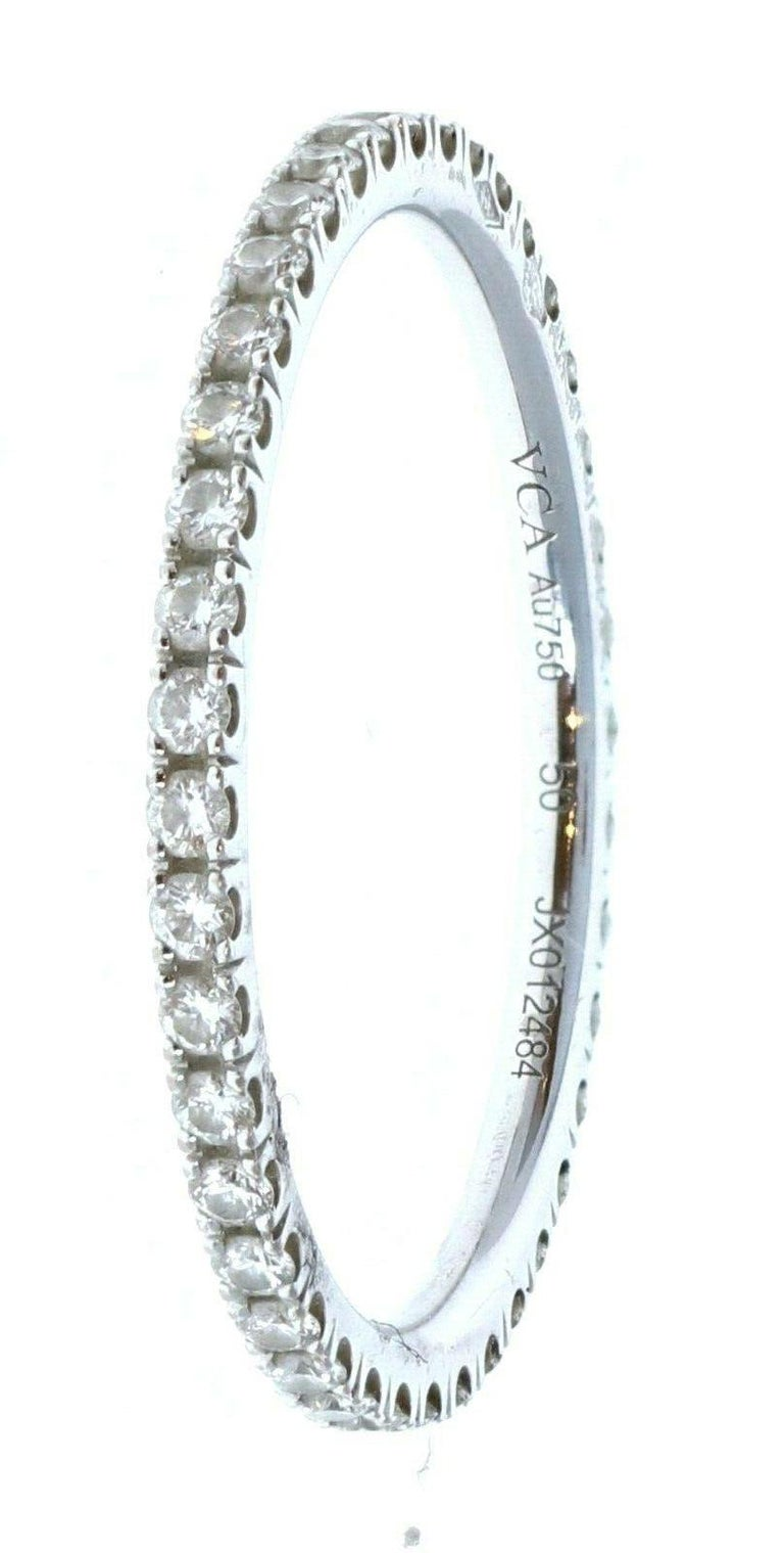 Van Cleef & Arpels 18k White Gold Félicité Eternity Diamond Band Box In Good Condition For Sale In Beverly Hills, CA