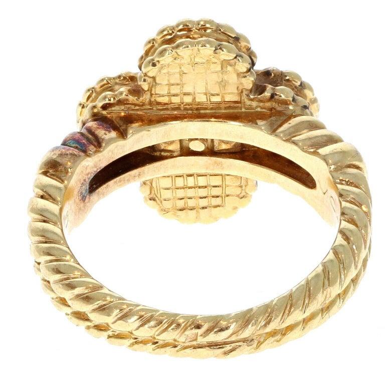 Round Cut Van Cleef & Arpels 18 Karat Yellow Gold, Black Onyx and Diamond Alhambra Ring  For Sale