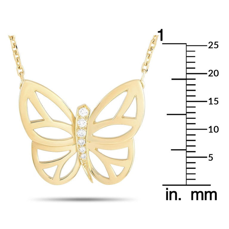 Women's Van Cleef & Arpels 18 Karat Yellow Gold Diamond Butterfly Pendant Necklace For Sale