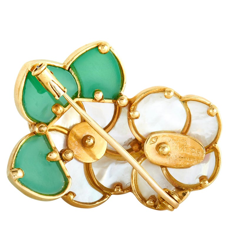 Van Cleef & Arpels 18 Karat Gold Diamond, Chrysoprase and Pearl Flower Brooch In Excellent Condition For Sale In Southhampton, PA