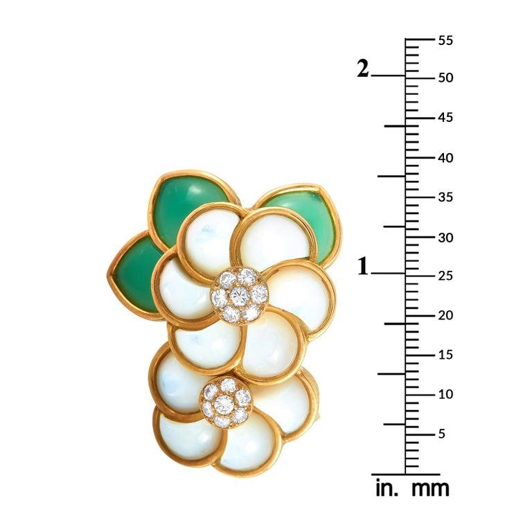 Women's Van Cleef & Arpels 18 Karat Gold Diamond, Chrysoprase and Pearl Flower Brooch For Sale