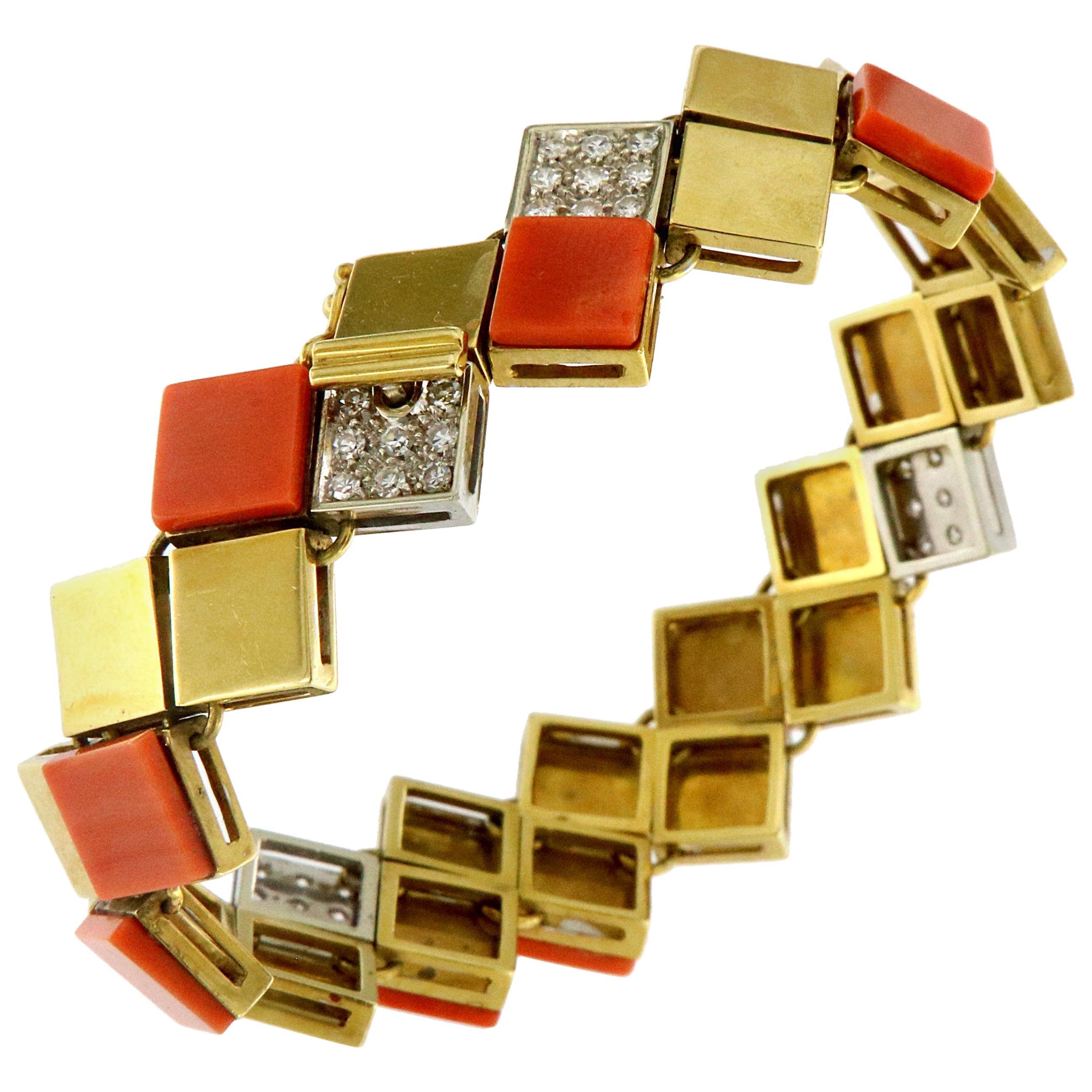 Van Cleef & Arpels 18k Yellow Gold Diamond Coral Square Links Bracelet