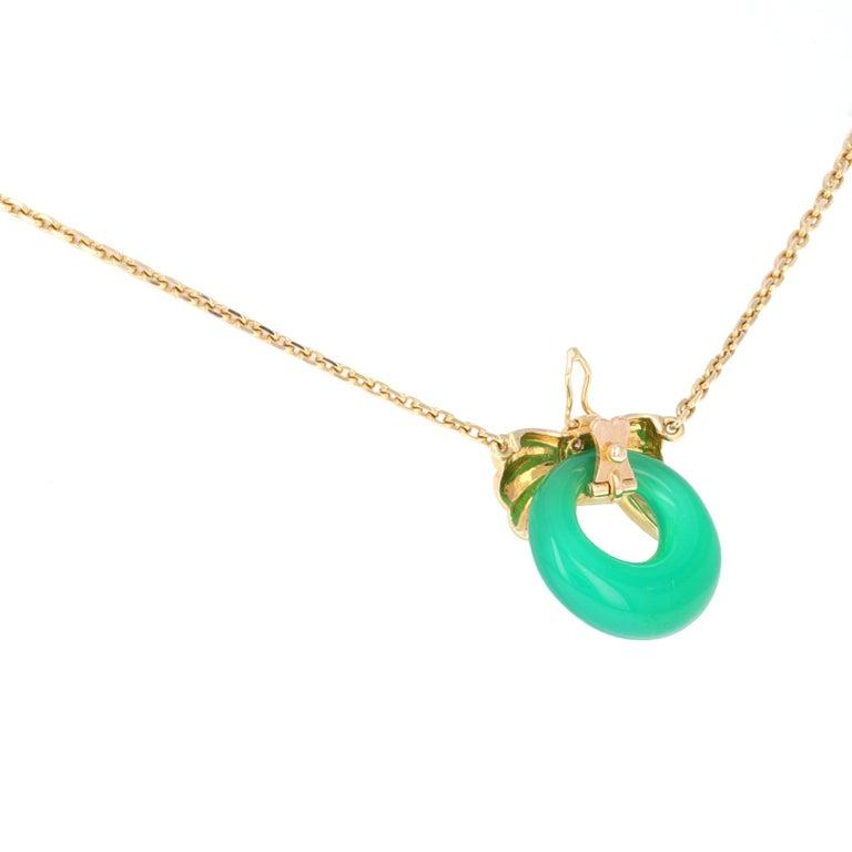 Round Cut Van Cleef & Arpels 18 Karat Yellow Gold Diamond Interchangable Pendant Necklace For Sale