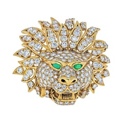Van Cleef & Arpels 18k Yellow Gold Diamond Lion Head Mask, Emerald Eyes Brooch
