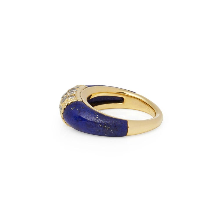 Round Cut Van Cleef & Arpels 18 Karat Yellow Gold Lapis and Diamond Philippine Ring For Sale