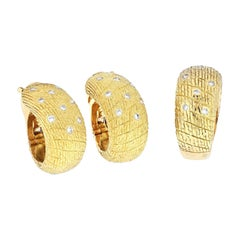 Van Cleef & Arpels 18k Yellow Gold1970's Diamond Earrings and a Ring Jewelry Set