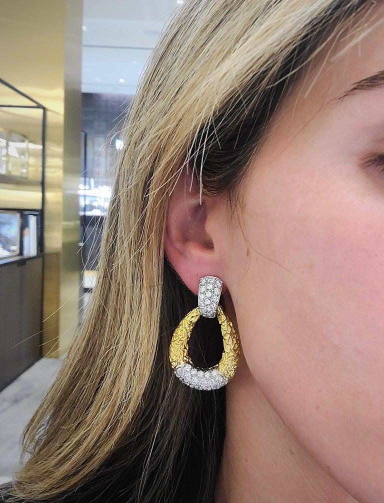 Round Cut Van Cleef & Arpels 18KT Chevalerie 1970s Doorknocker Earrings 5.50Ct. Diamonds For Sale