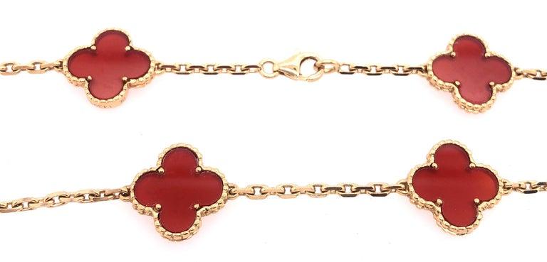 Van Cleef & Arpels 18 Karat Yellow Gold Carnelian 10 Motif Necklace For Sale 6