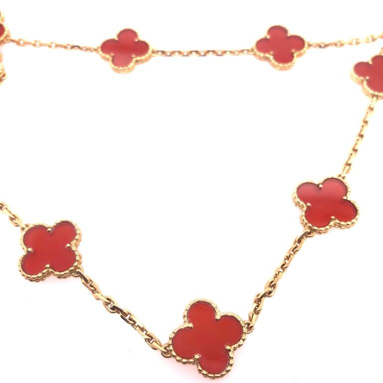 Van Cleef & Arpels 18 Karat Yellow Gold Carnelian 10 Motif Necklace For Sale 7