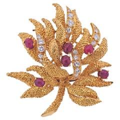 Van Cleef & Arpels 1960s Ruby Diamond Gold Brooch Pin