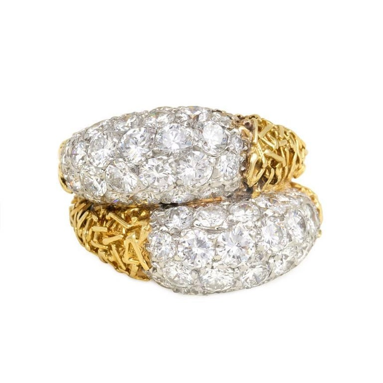 a62b5151ef672 Van Cleef and Arpels 1960s Textured Gold and Diamond Ring For Sale ...
