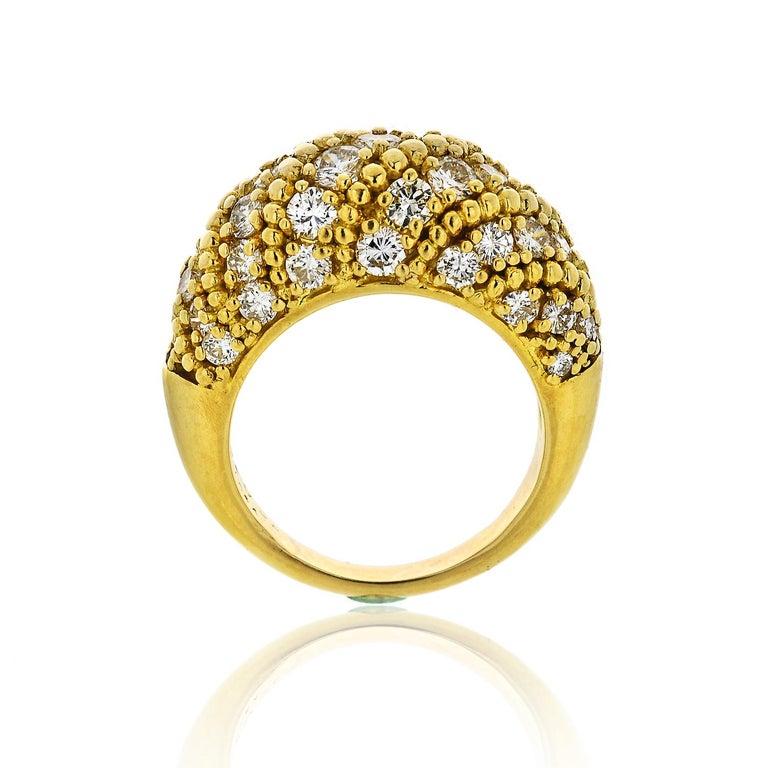 Round Cut Van Cleef & Arpels 1970s 18 Karat Yellow Gold 2.50 Carat Dome Diamond Ring For Sale
