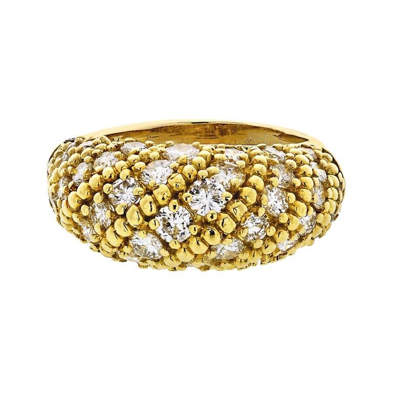 Van Cleef & Arpels 1970s 18 Karat Yellow Gold 2.50 Carat Dome Diamond Ring For Sale